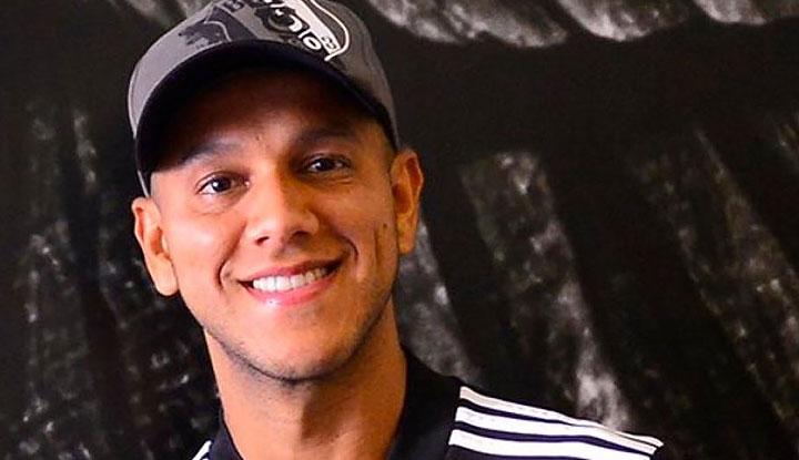 Josef de Souza, Al Ahli ve sözleşmesindeki opsiyon maddesi hakkında açıklama